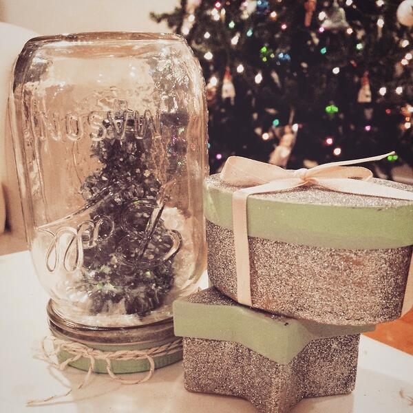 mason-jar-christmas-tree-craft