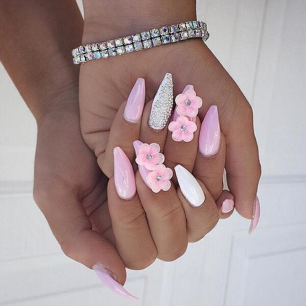beauty,-Flower-Nails