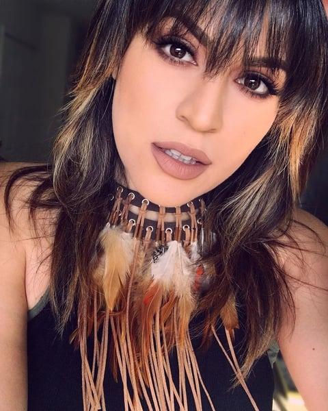 Lipstick-beauty-makeup-lips