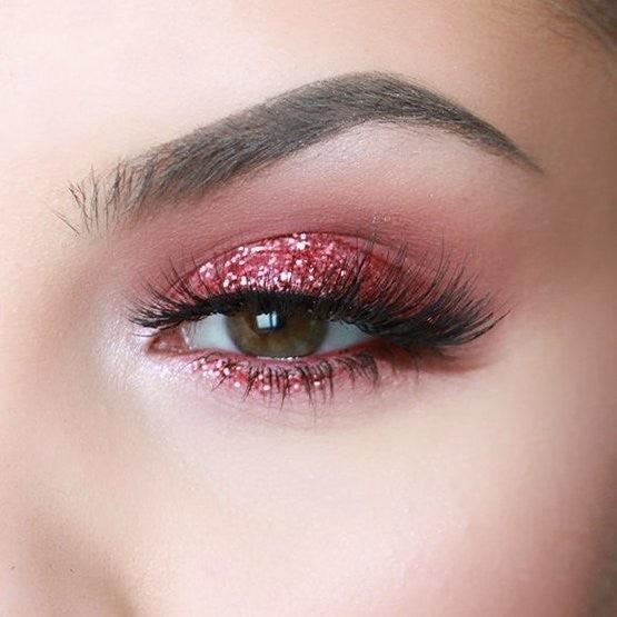 Eyebrow-pencil-makeup