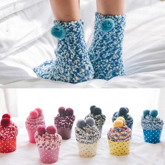 cupcake socks, winter, weird