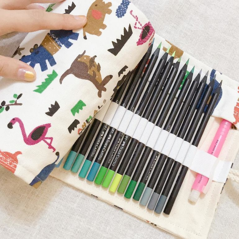 felt-tip-pens-in-animal-case