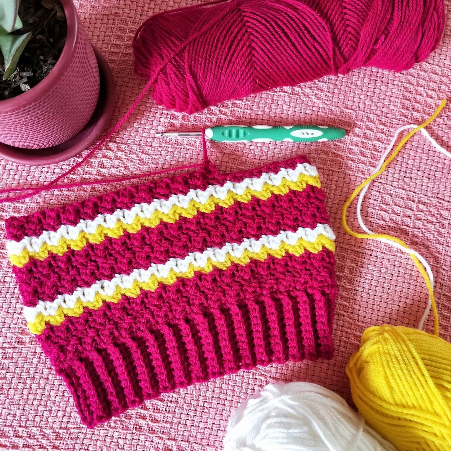 crochet-yarn-knit