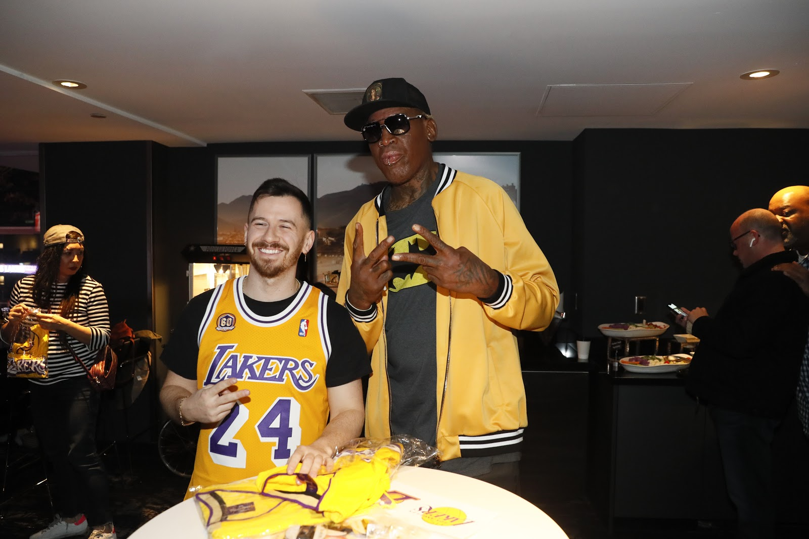 Lakers, suite night, evening